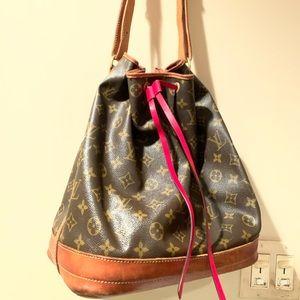 Vintage Louis Vuitton Noe Bag